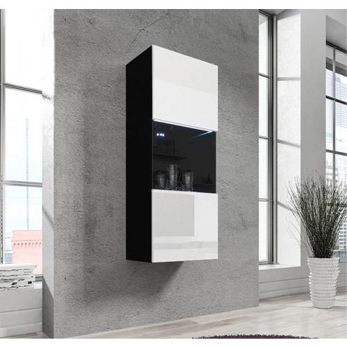 01_verticale-orsola-nero-bianco